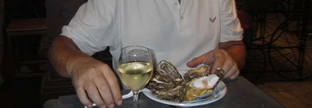Austern und Weißwein