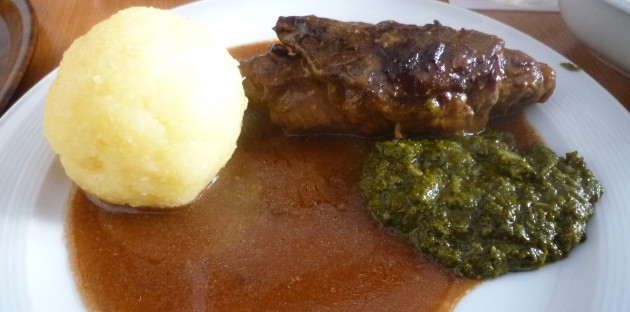Roulade, Kloß,Grünkohl und reichlich Sauce