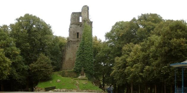 Bergfried- Le Donjon