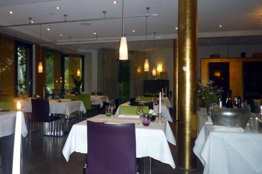 01 Restaurant