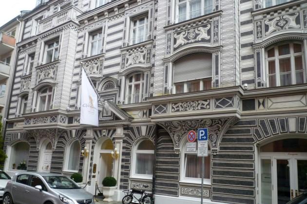 Hotel Opera 01