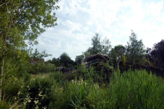 06 die Hütten verschwinden in der Natur