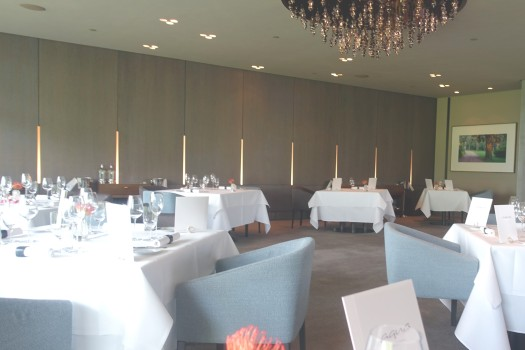 01 Aqua Restaurant