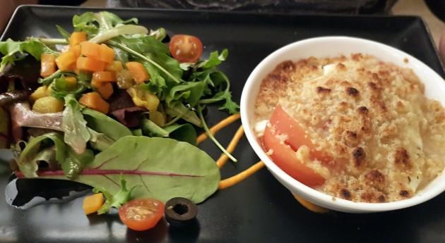 02 Ziegenkäse-Tomate-Salat