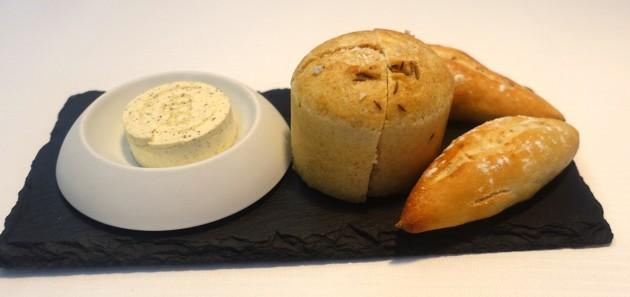 06 Brot Nussbutter